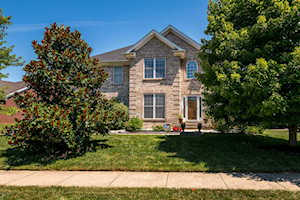 13600 Forest Bend Cir Louisville, KY 40245