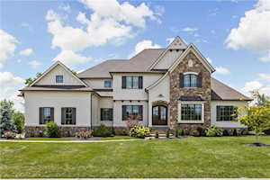6702 Berkley Court Zionsville, IN 46077