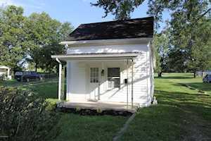 109 Ballard St Lawrenceburg, KY 40342