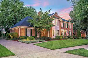 2710 Avenue Of The Woods Louisville, KY 40241