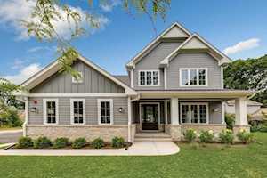 1436 Stratford Rd Deerfield, IL 60015