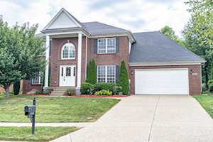 13016 Willow Forest Dr Louisville, KY 40245