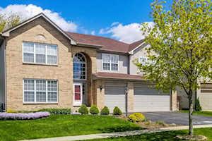 4711 Windridge Ct Carpentersville, IL 60110