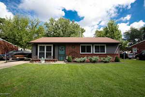 411 Glengarry Dr Fairdale, KY 40118