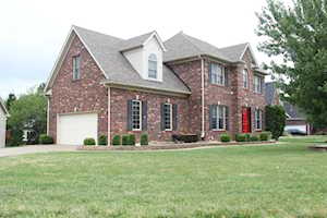 13017 Wllow Forest Dr Louisville, KY 40245