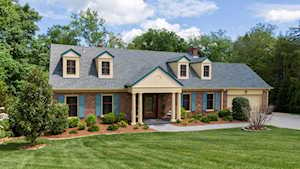 5228 Moccasin Trail Louisville, KY 40207