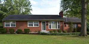 18 Cardwell Way Louisville, KY 40220