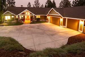 2750 NW Lucus Ct Bend, OR 97703