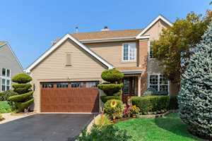 90 Willow Rd Wheeling, IL 60090