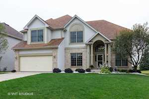 873 Tipperary St Gilberts, IL 60136