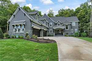 11082 Holliday Farms Boulevard Zionsville, IN 46077