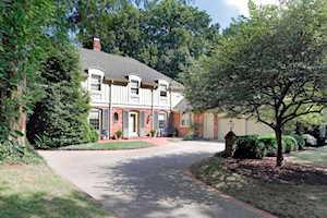213 Chinoe Road Lexington, KY 40502
