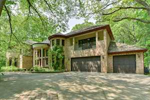 3200 Blackthorn Rd Riverwoods, IL 60015