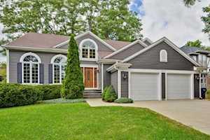 1079 Warren Ln Vernon Hills, IL 60061