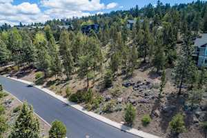 3333 NW Panorama Dr Bend, OR 97703
