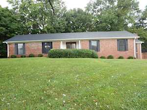 93 Colony Dr Shelbyville, KY 40065