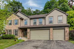 1837 S Waxwing Ln Libertyville, IL 60048