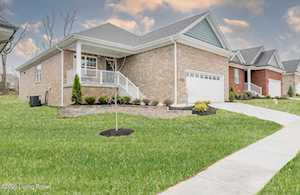 8109 Cedar Crest Ln Louisville, KY 40291