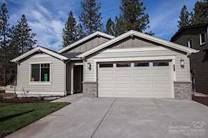 60476 Hedgewood Ln Bend, OR 97702