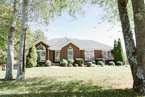 9502 Apple Crossing Ct Crestwood, KY 40014