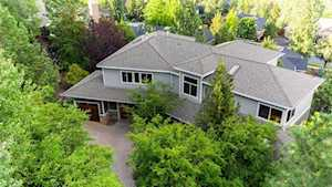 3229 NW Fairway Heights Dr Bend, OR 97703