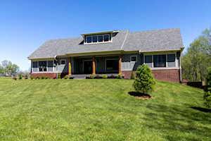 1370 Equestrian Lakes Ln Finchville, KY 40022