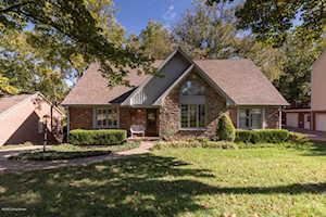 1126 Garden Creek Cir Louisville, KY 40223