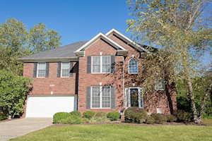 13731 Forest Bend Cir Louisville, KY 40245