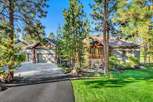 2586 NW Champion Circle Bend, OR 97703