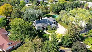 1216 Oakwood Ln Glenview, IL 60025