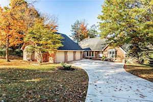 8516 Jib Court Indianapolis, IN 46236