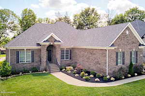 17219 Shakes Creek Dr Fisherville, KY 40023