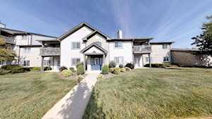 10405 Trotters Pointe Dr #204 Louisville, KY 40241
