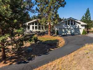 1950 NW Putnam Rd Bend, OR 97701