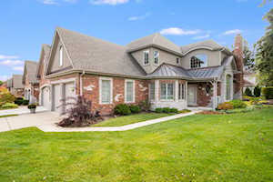 2459 Durand Dr Downers Grove, IL 60516