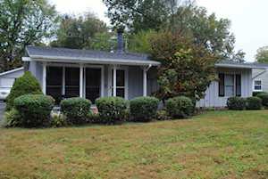 1808 Ashmoor Ln Louisville, KY 40223