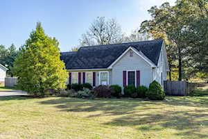 121 Whitney Dr Bardstown, KY 40004