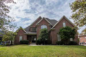 4102 Barbourview Dr Louisville, KY 40241