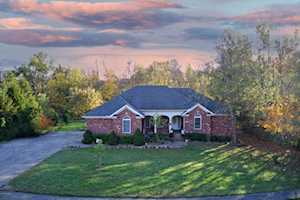 161 Kingswood Ct Taylorsville, KY 40071