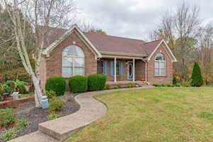80 Pioneer Dr Taylorsville, KY 40071