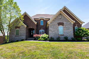 16710 Shakes Creek Dr Fisherville, KY 40023
