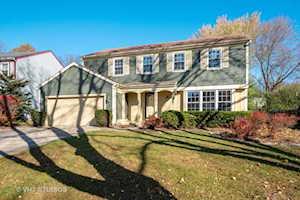 210 Annapolis Dr Vernon Hills, IL 60061