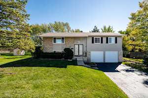 3435 Treaty Ln Hoffman Estates, IL 60192