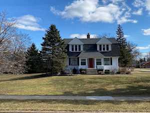 173 Pomeroy Ave Crystal Lake, IL 60014