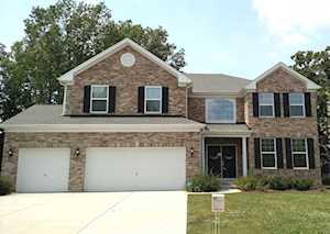 1612 Bur Oak Dr Hoffman Estates, IL 60192