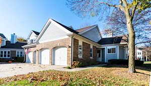 203 Willow Parkway Buffalo Grove, IL 60089