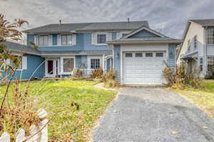 1824 Shetland Rd Naperville, IL 60565