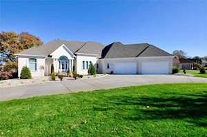 1761 Eagle Trace Dr Greenwood, IN 46143