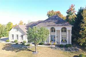 5745 Hickory Woods Dr Plainfield, IN 46168