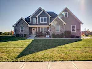 4655 Hanna Crossing Dr Plainfield, IN 46118